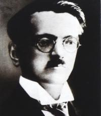 Estetik, literárny historik, kritik, filológ, predstaviteľ